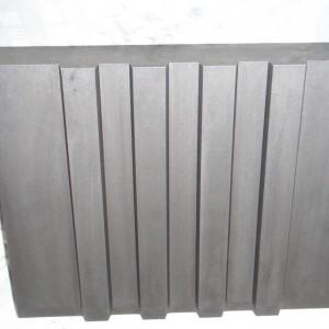 Razník z nástrojové oceli po TZ a dočištění.