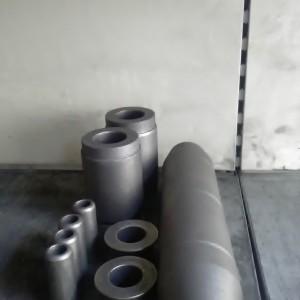Čepy, pouzdra po cementaci, kalení, popouštění a dočištění.